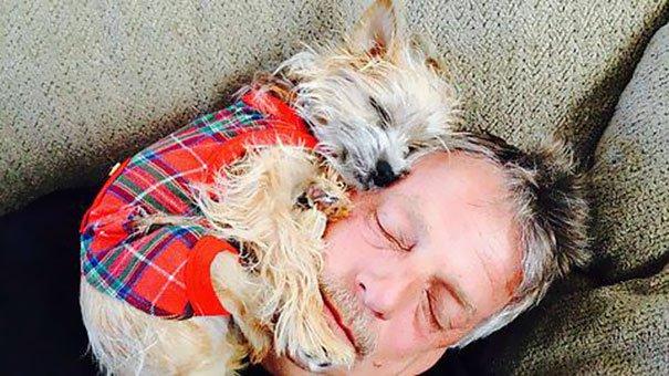 papà inseparabili dai loro cani3