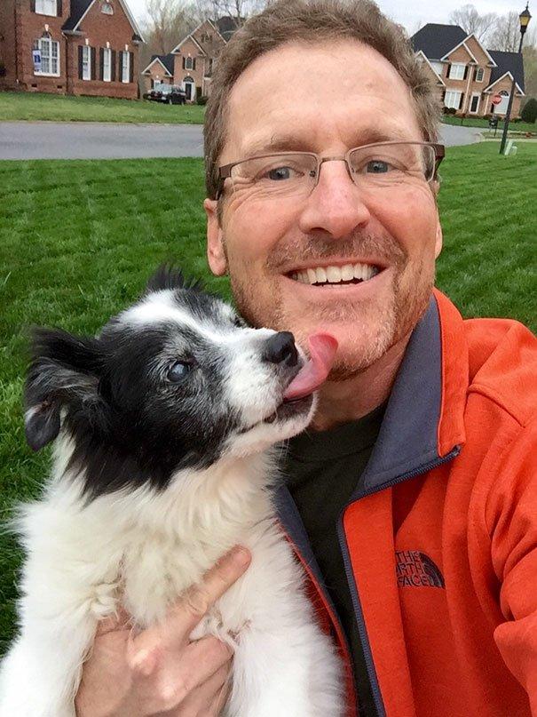 papà inseparabili dai loro cani5