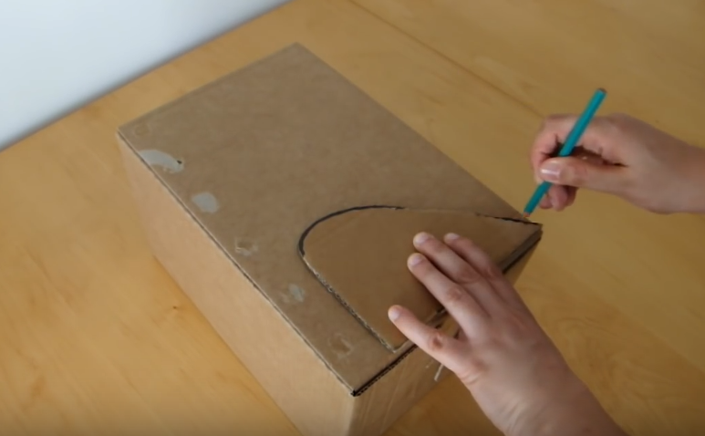 realizzare cuccia per gatti in cartone tutorial1